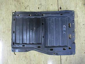 Защита двигателя центральная пластик 2.0D  5370A119 999359 Grandis Mitsubishi