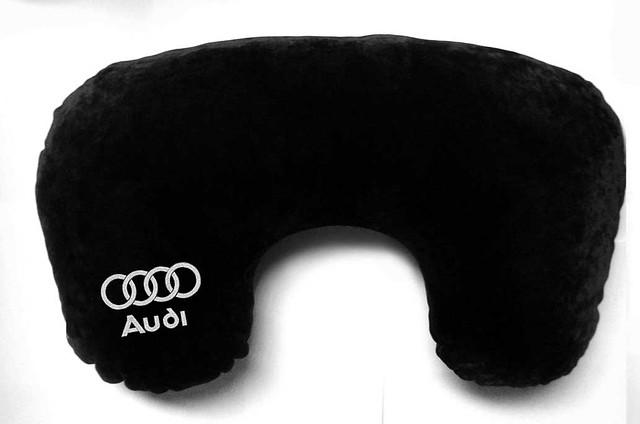 "Подушка рогалик ""Audi"""