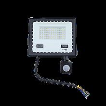 Прожектор LED 50W ULTRA Slim 220V 4500Lm 6500K IP65 з датчиком руху TechnoSystems TNSy5000516