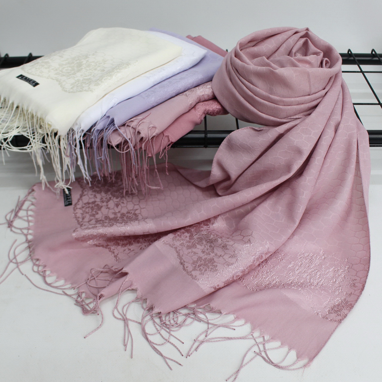 """Жіночий шарф палантин """"Наоми"""" 146036"""