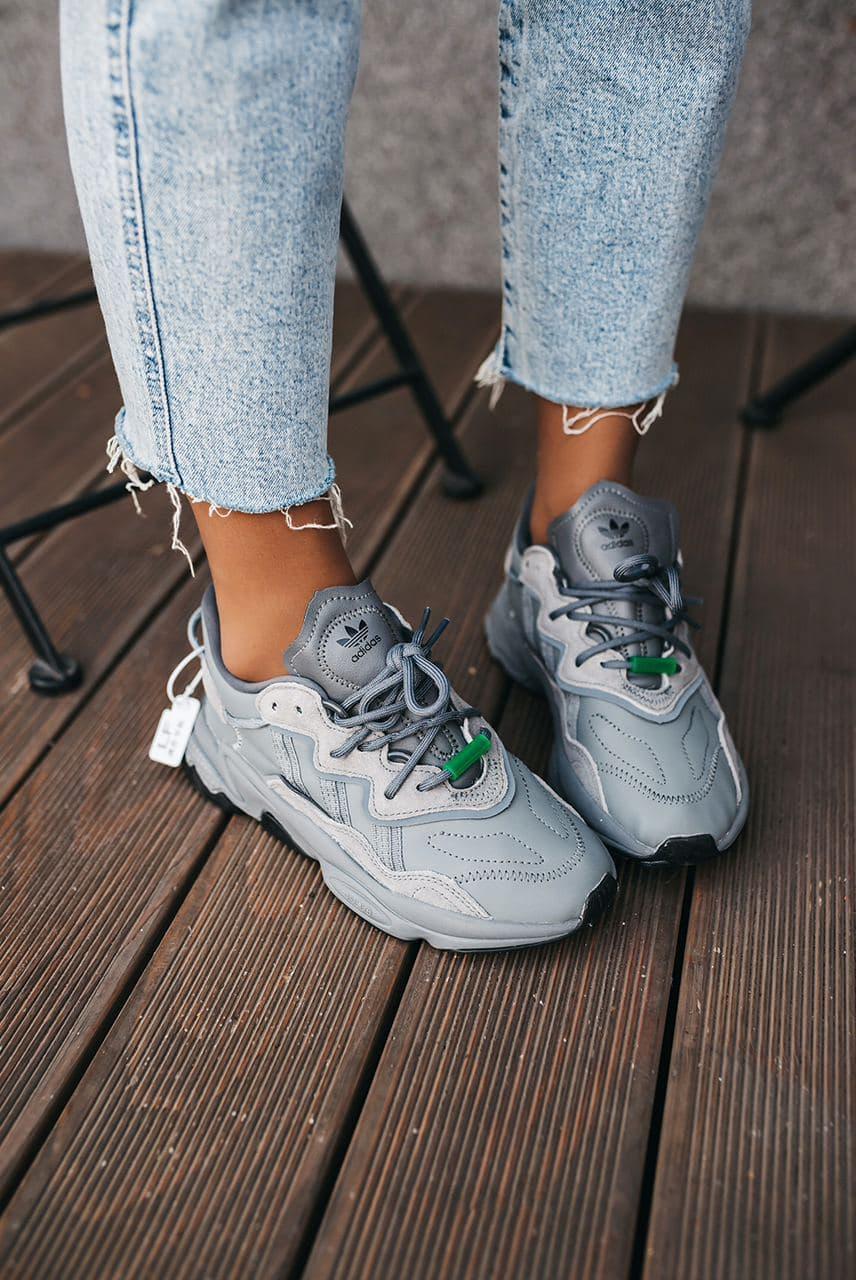 Женские кроссовки Adidas Ozweego Trail