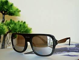 Солнцезащитные черные зеркальные очки