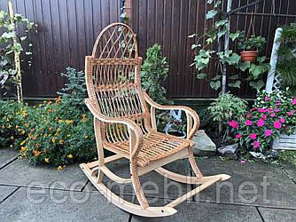 Крісло-гойдалка з буку і ротангу