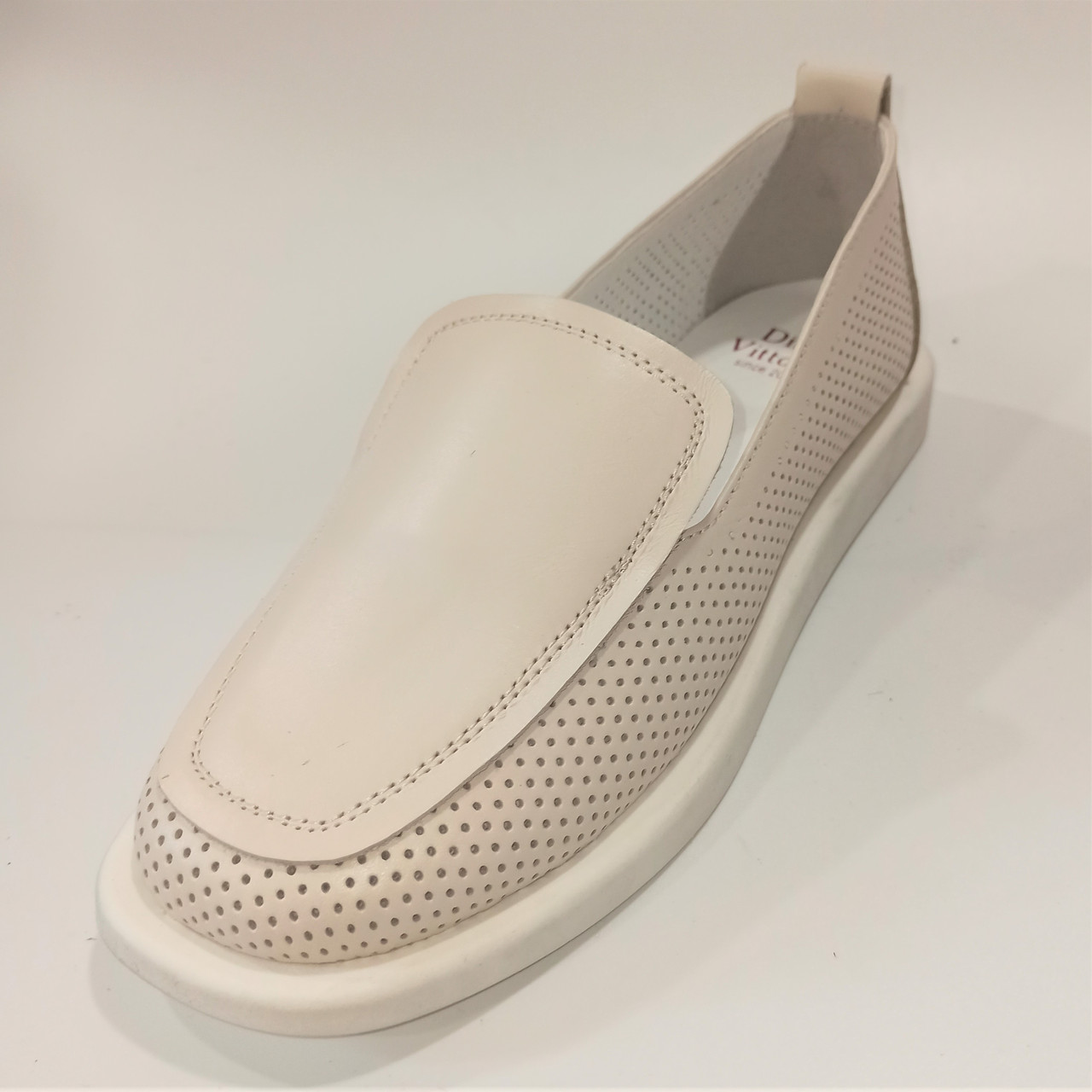 Стильные женские бежевые туфли, Dino Vittorio размеры: 36-39