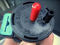Клапан включения турбины Mercedes Sprinter. Преобразователь давления турбокомпрессора Vito CDI A0005450527W