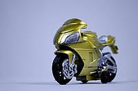 Золотой мотоцикл инерционный