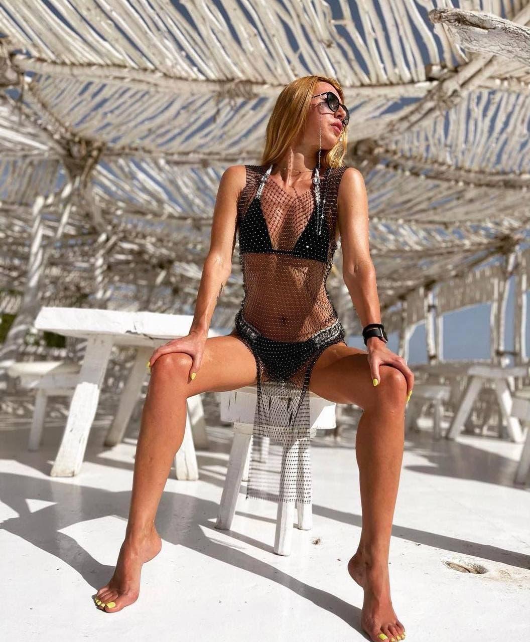 Женский черный купальник с камнями раздельный, Красивый модный купальник однотонный черного цвета 2021