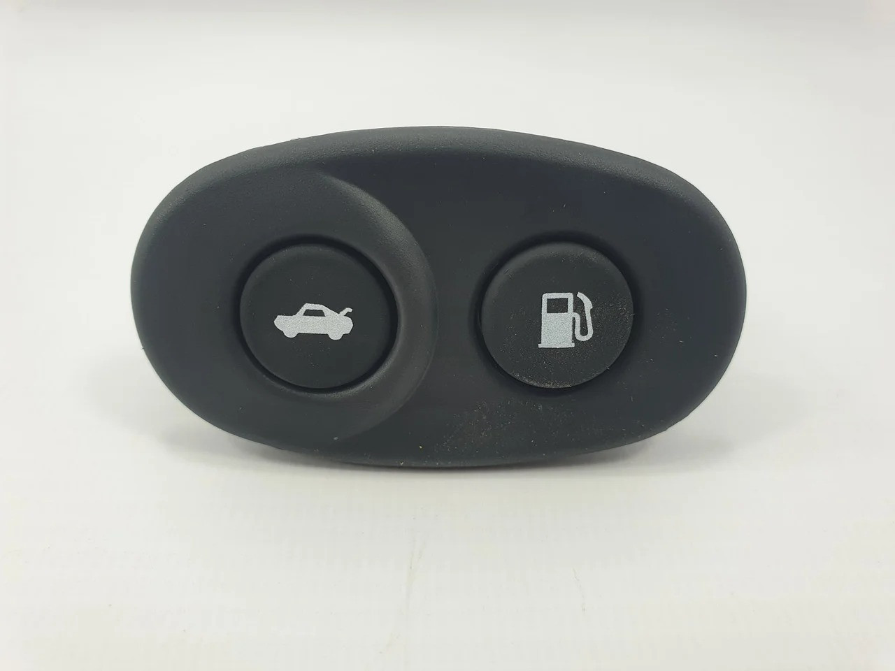 Кнопки багажника и топливного бака Нексия GM Корея