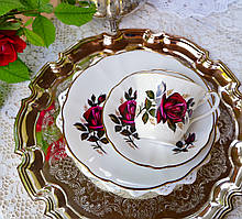 Фарфоровая чайная тройка, чашка, блюдце и тарелка, Porzellanfabrik Oscar Schaller & Co, Германия, фарфор