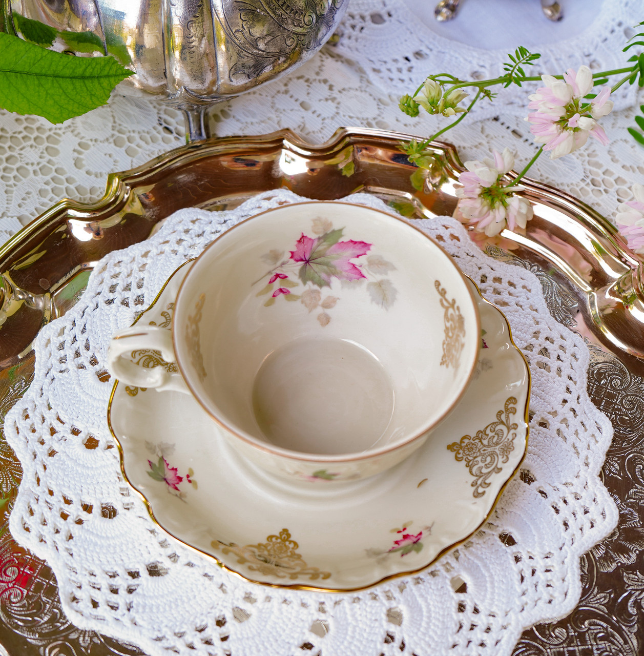 Антикварная фарфоровая чайная двойка, немецкая чашка и  блюдце, Porzellanfabrik Carl Schumann, Германия фарфор