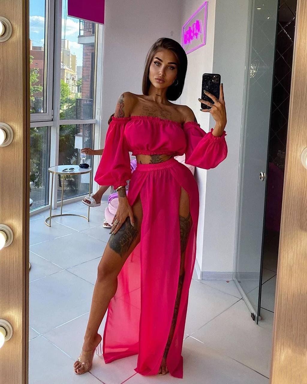 Женский летний шифоновый костюм в розовом цвете