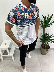 Мужская футболка бело-синяя с цветами