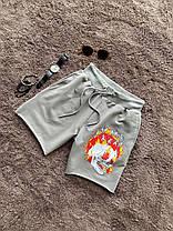 Мужские трикотажные шорты серого цвета с принтом, фото 2