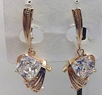 Пополнение эксклюзивной коллекции позолоченных украшения Fallon Jewelry. Фигурные женские серьги с камнями в стразах от R.R.R. на Украине.
