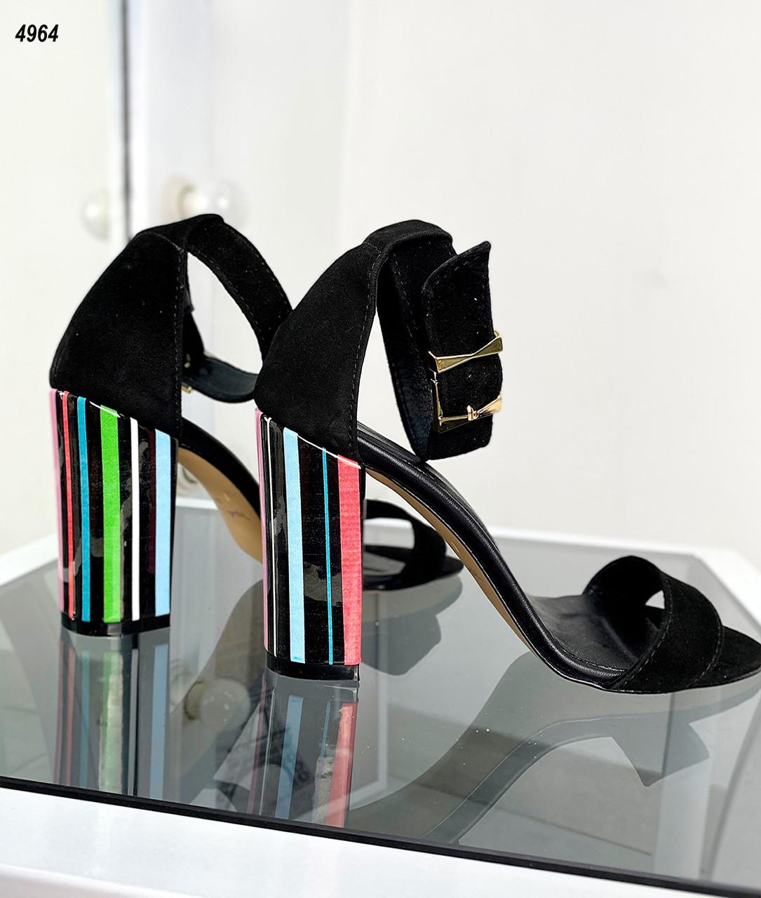 Женские замшевые босоножки на каблуке 35-40 р чёрный