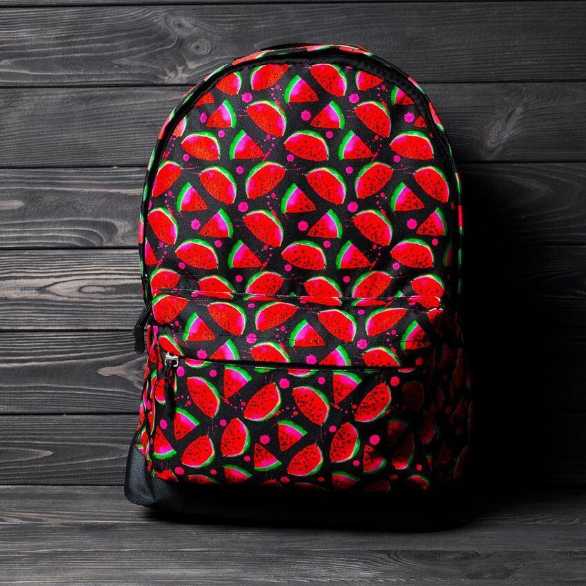 Яркий, стильный рюкзак с принтом Арбуз. Для путешествий, тренировок, учебы.  Рюкзак достаточно вместительный.