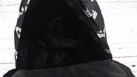 Стильний рюкзак з принтом кросівок Nike, пума, New Balance. Для подорожей, тренувань, навчання., фото 8