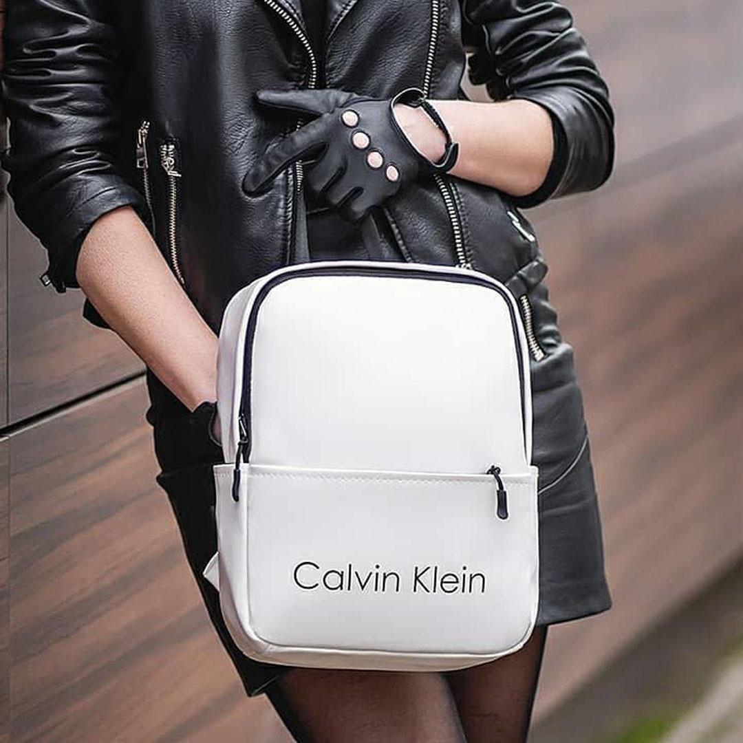 Женский стильный рюкзак Calvin Klein, кельвин. Белый. Кожзам