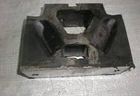 Подушка двигателя Т-150 (домик) 150.00.075