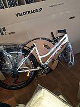 """Велосипед міський жіночий 26"""" Discovery Prestige Woman 2021 рама 17"""" біло-фіолетовий з чорним"""