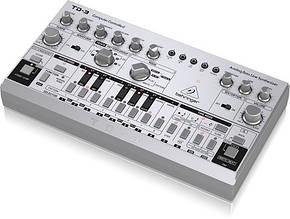 Синтезатор Behringer TD-3-SR