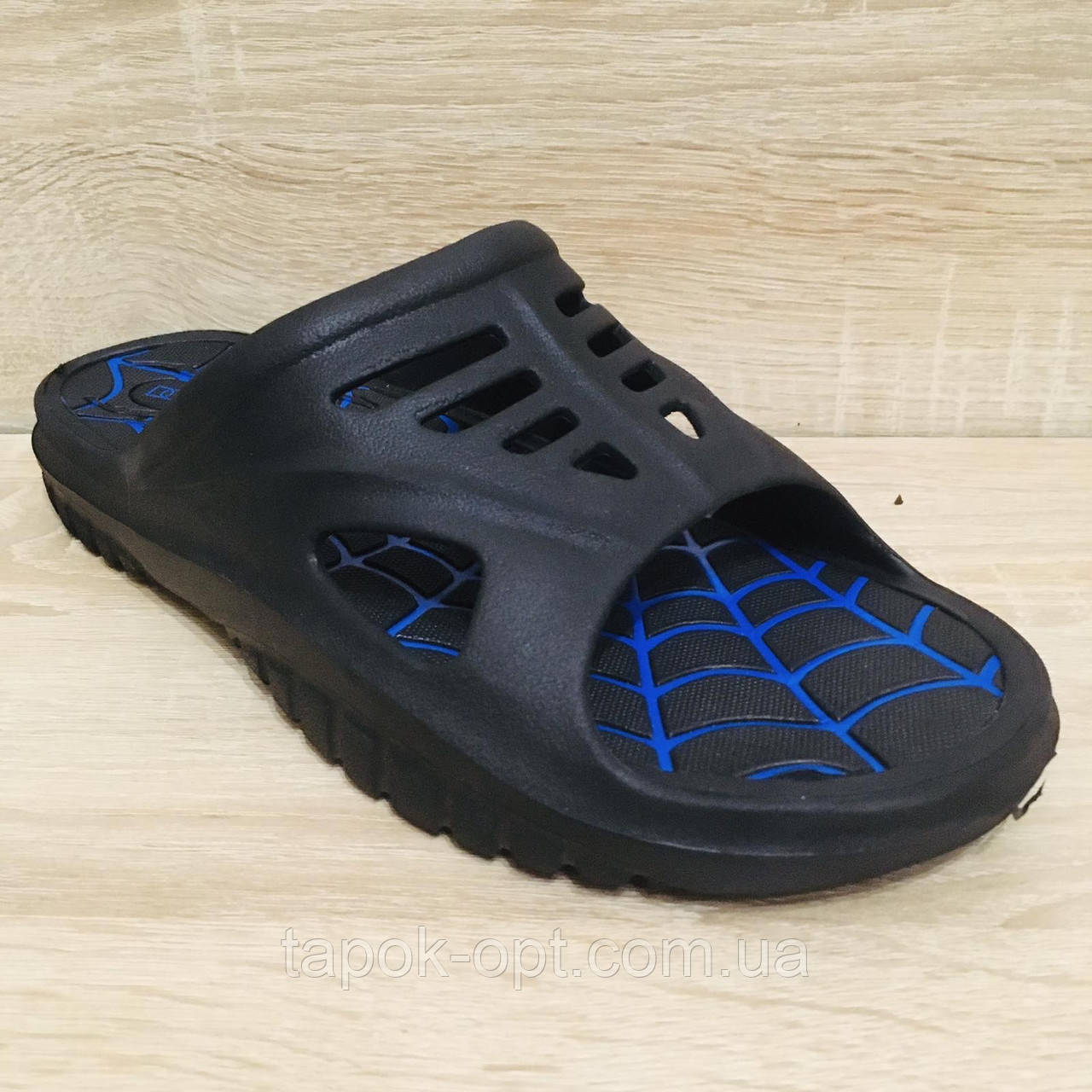 Чоловіча пляжне взуття DAGO