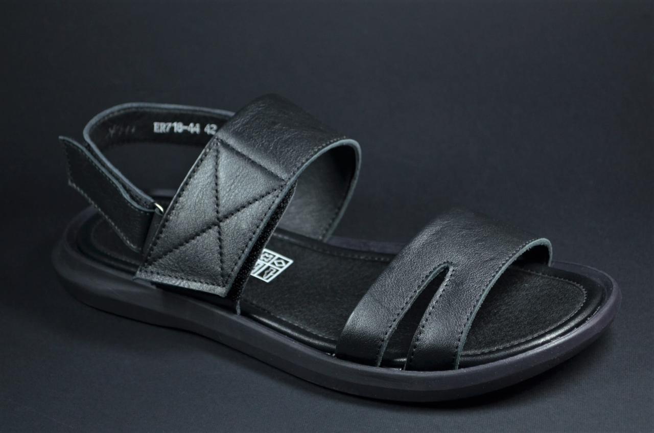 Чоловічі шкіряні сандалії чорні Rondo 71844
