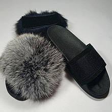 Шлепки с натуральной кожей и черно-белым мехом финского песца на липучке