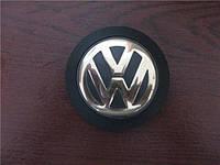 Эмблема крышки двигателя VW 038103940