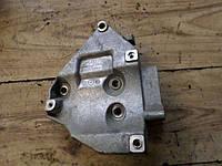 Кронштейн крепления компрессора кондиционера VW PASSAT B5 98-05 06B260885A
