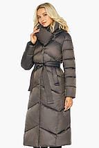Капучиновая куртка жіноча з брендового фурнітурою модель 47260, фото 3