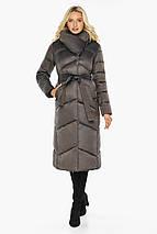 Капучиновая куртка женская с брендовой фурнитурой модель 47260, фото 3