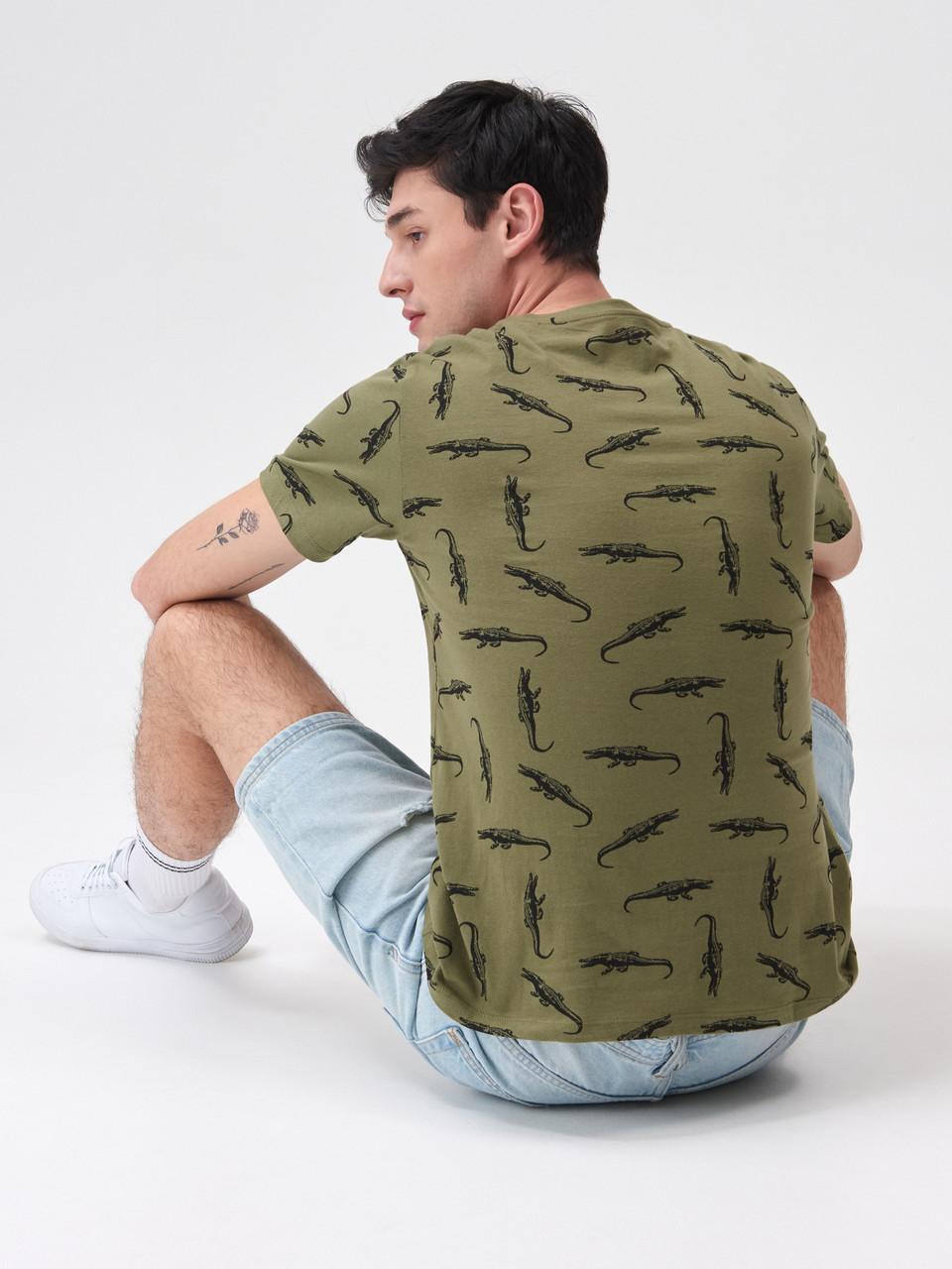 """Чоловіча футболка з принтом """"Алігатори"""", розмір М. Польща"""