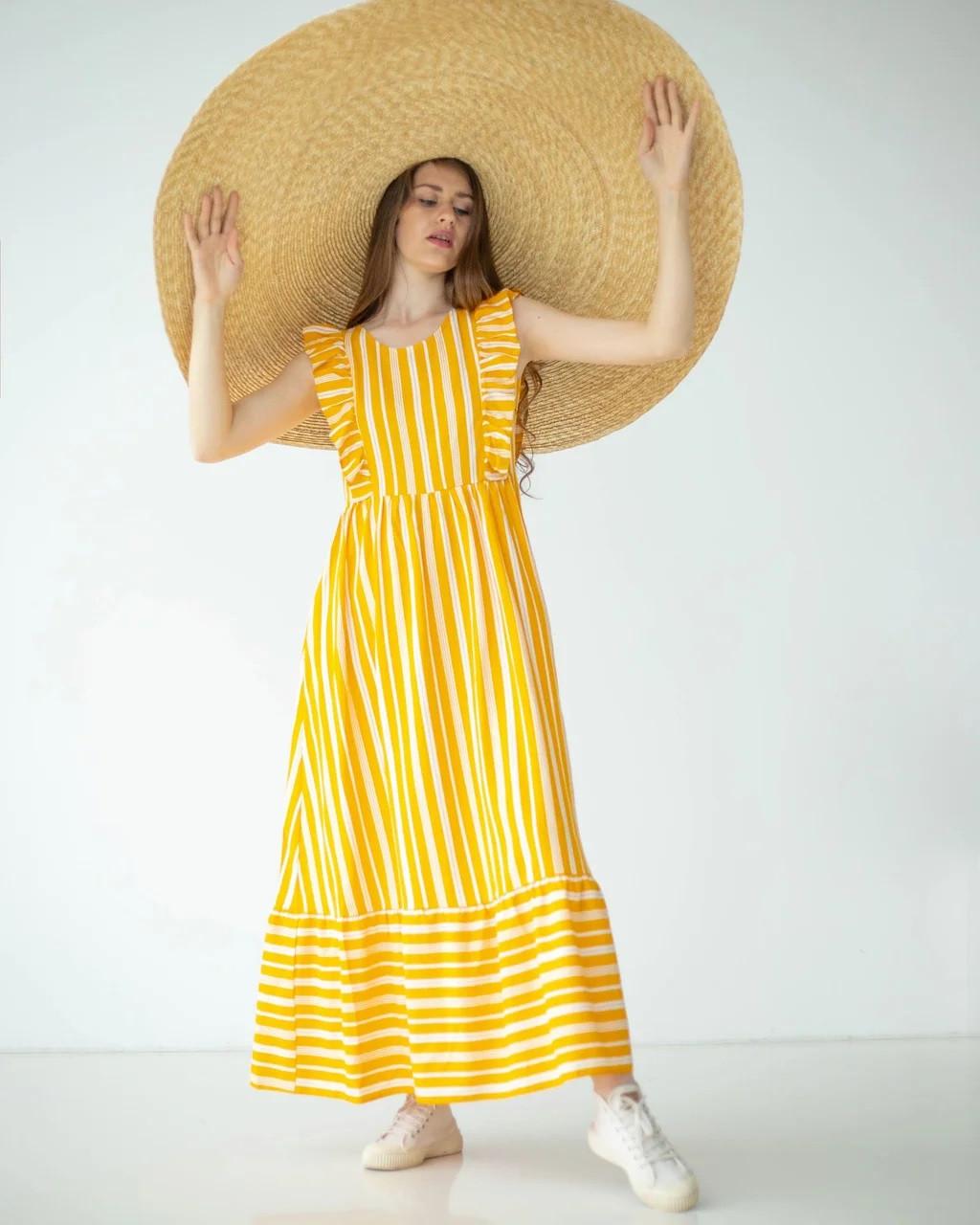 Довга сукня з льону гірчична