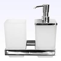 Дозатор жидкого мыла с стаканом для зубных щёток.