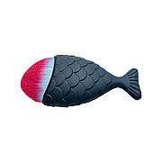 Макияжная кисть- рыбка / Маникюрная щетка-сметка с ручкой, микс Черный