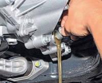 Замена масла в механической коробке передач (КПП)