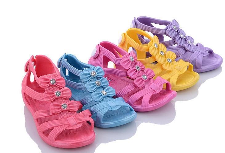 Босоніжки для дівчинки з бантиками блакитні рожеві фіолетові жовті розміри 20,22,23,25