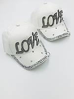 """Дитячі кепки для дівчаток """"Love"""""""