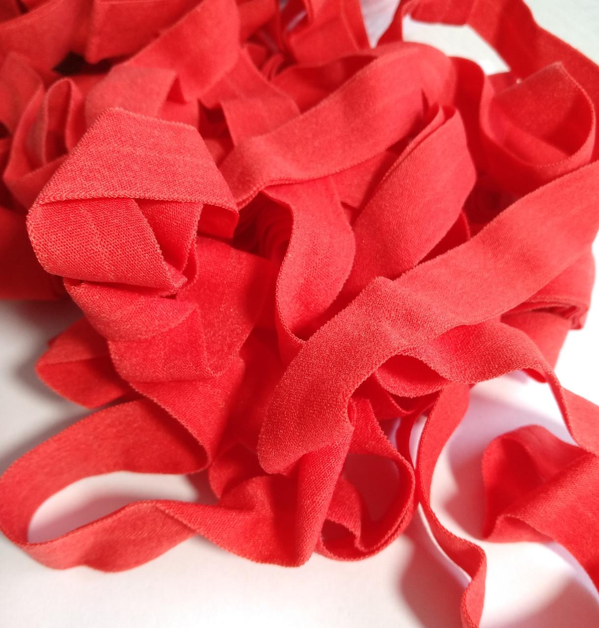 Резинка пополамка, красная 15 мм.