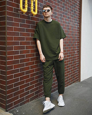 Мужской спортивный костюм футболка и штаны комплект цвета хаки