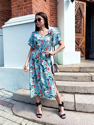 Женское летнее платье миди голубое с цветочным принтом