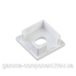 Заглушка для алюмінієвого квадратного профілю ПФ-9 з отвором