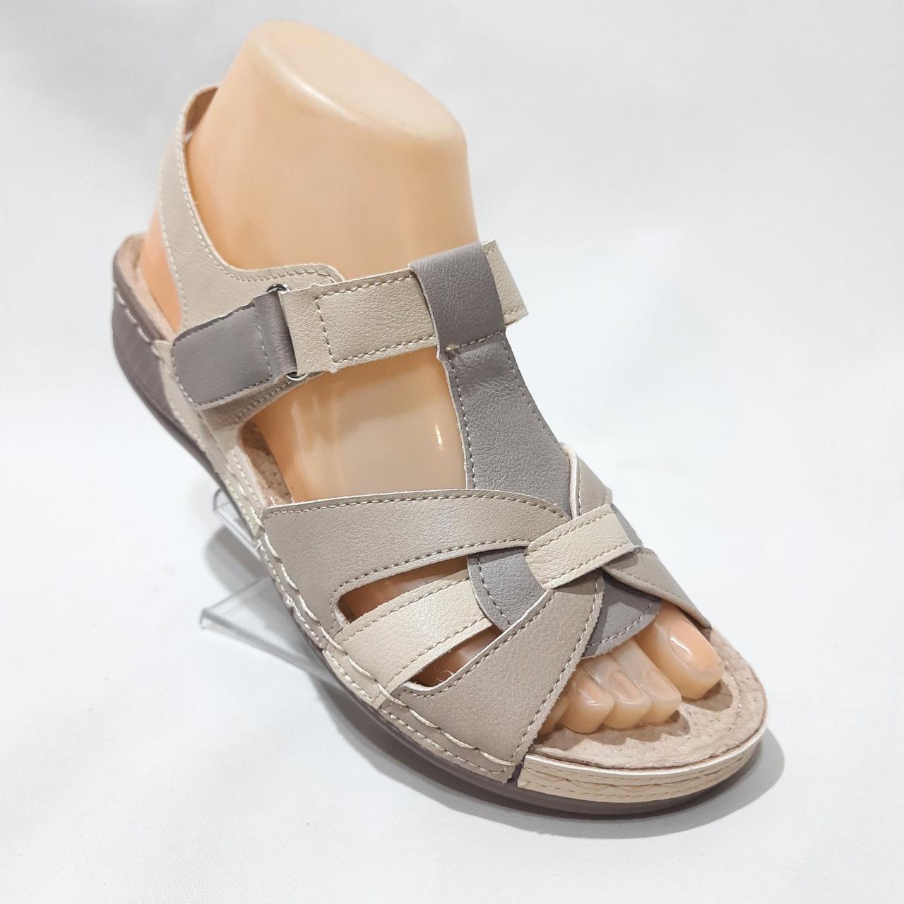 Босоніжки жіночі, сандалі натуральна шкіра ортопедична устілка на плоскій підошві на широку ногу Бежеві