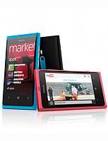Nokia Lumia 800, фото 1