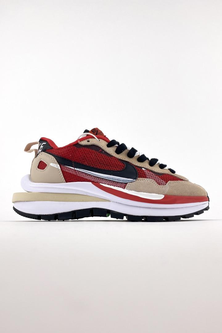 Nike Sacai женские летние красные кроссовки на шнурках. Летние женские текстильные кроссы.