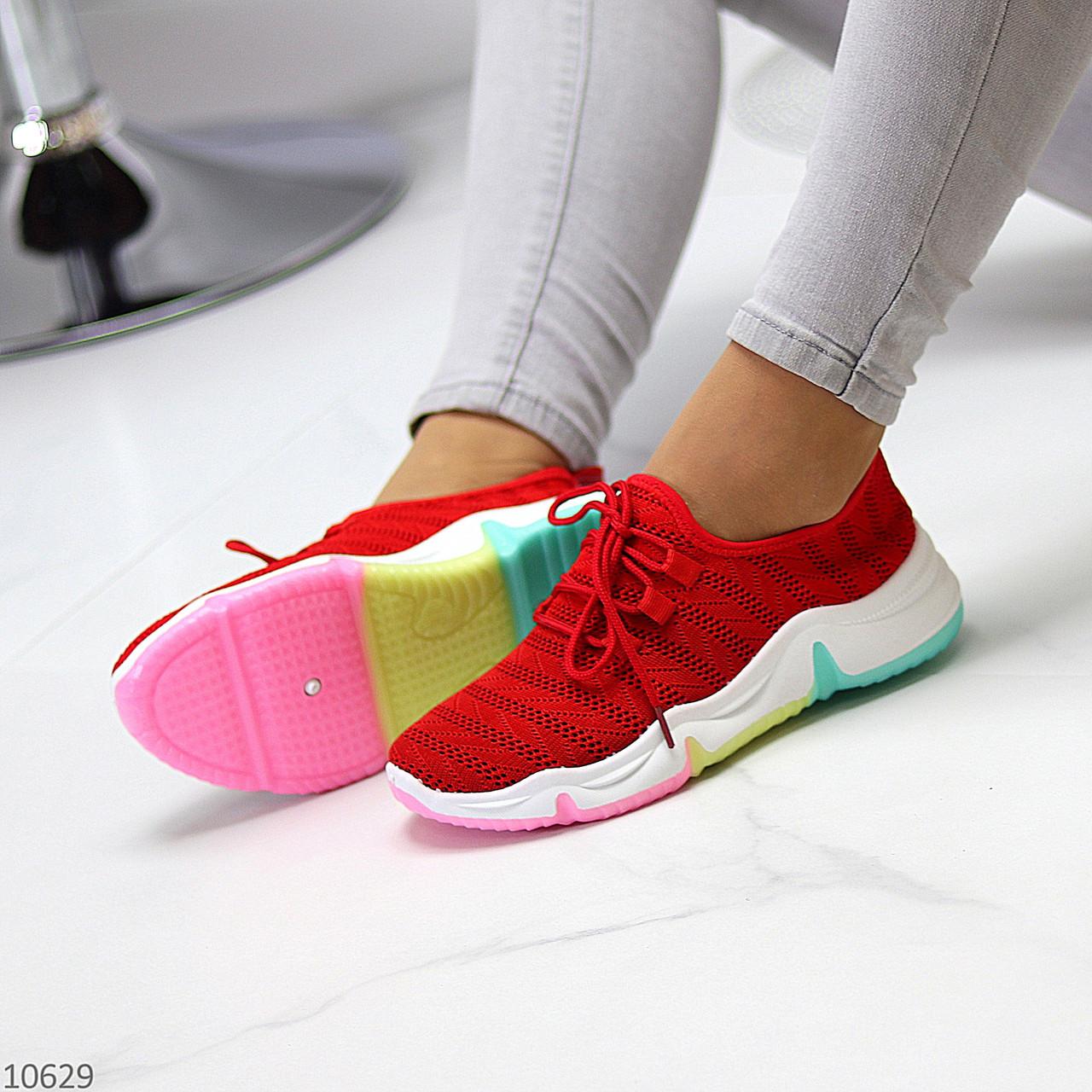 Яркие красные тканевые текстильные женские кроссовки на подошве мультиколор 36-23 37-23,5 39-24,5 41