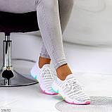 Белые тканевые текстильные женские кроссовки на подошве мультиколор, фото 5