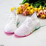 Білі тканинні текстильні жіночі кросівки на підошві мультиколор, фото 9