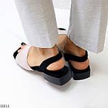Актуальні сірі жіночі замшеві босоніжки на низькому каблуці, фото 5